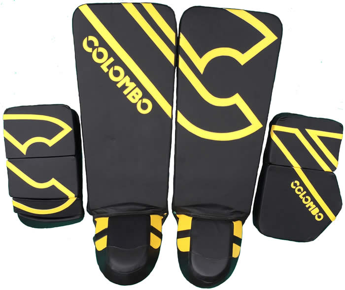 Colombo goal keeper gloves and leg guards
